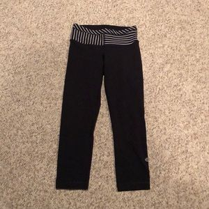 Lululemon black Capri tight leggings size 2